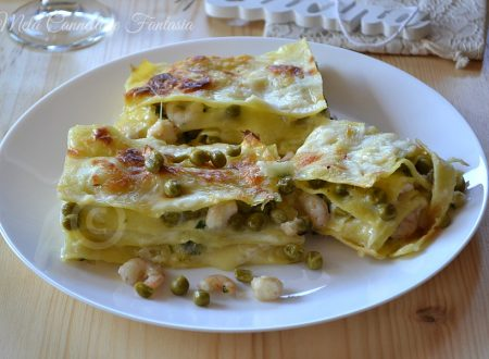 Lasagna gamberetti e piselli con mozzarella e besciamella
