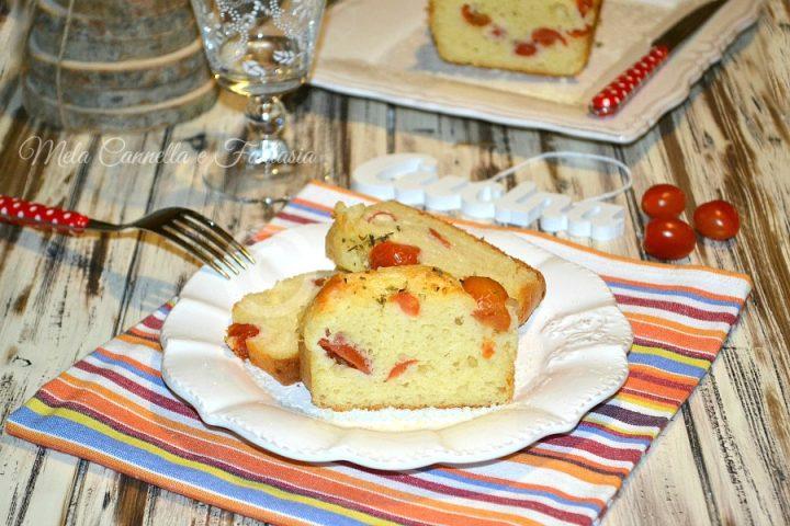 Plumcake provolone e pomodorini