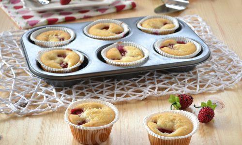 Muffins ai lamponi e mandorle – soffici e senza burro
