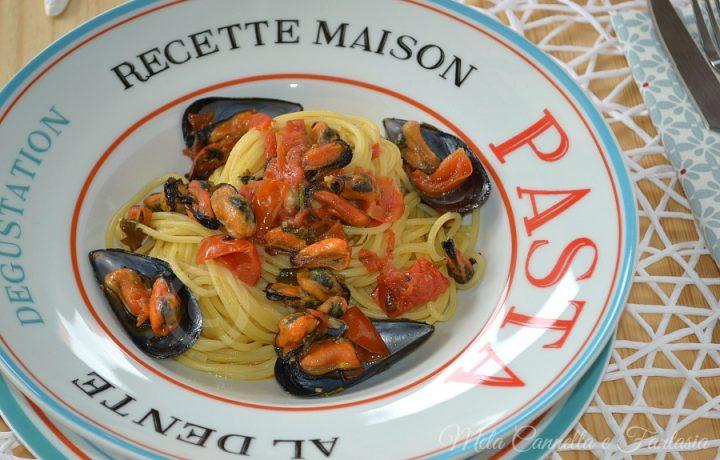 Pasta cozze e pomodorini – primo piatto facile e veloce