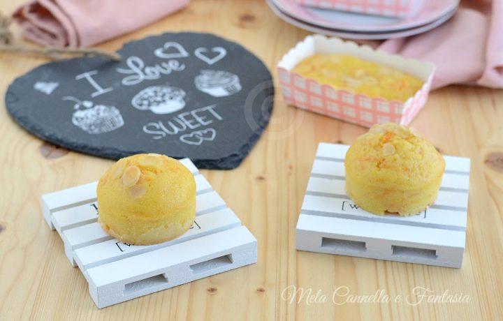 Muffins carote e limone con scaglie di mandorle – senza burro