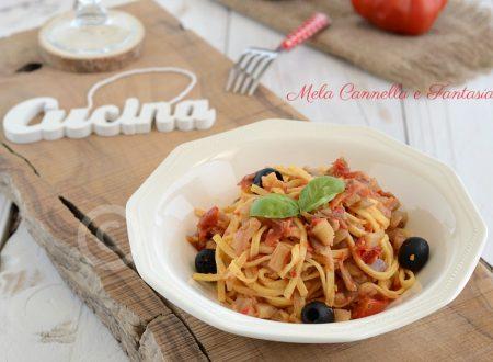 Tagliolini freschi con melanzane pomodorini e olive