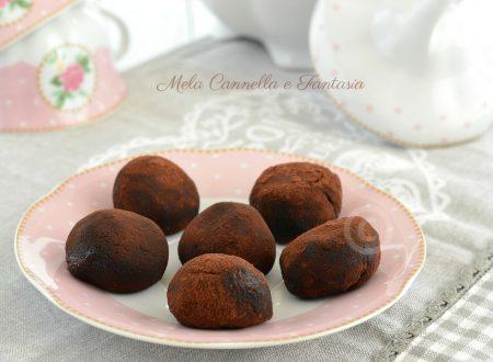 Bon bon golosi con nocciola e Nutella senza cottura