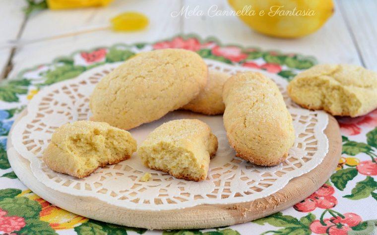 Biscotti al limone da inzuppo morbidi e senza burro!