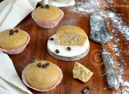Muffins al caffè morbidissimi - ricetta senza latte né burro