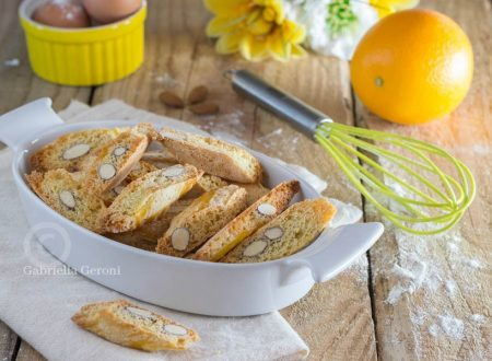 Cantuccini al profumo d'arancia - ricetta facile e veloce