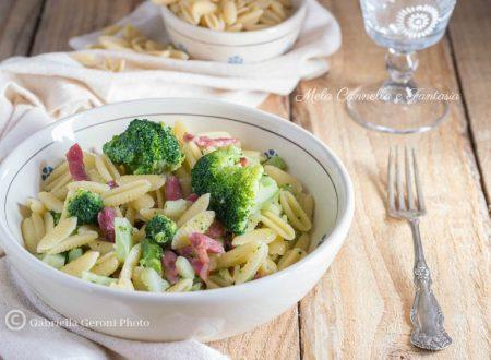 Pasta con broccoli e pancetta affumicata – ricetta facile