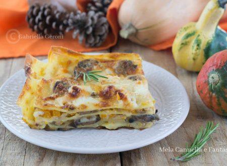 Lasagna con zucca funghi salsiccia e stracchino