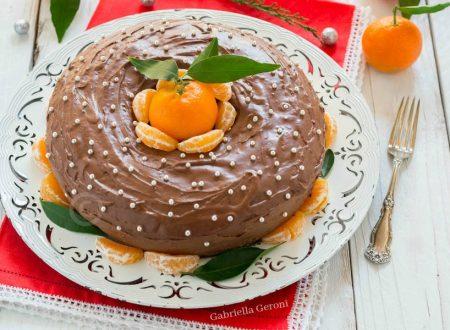 Ciambella alle clementine con glassa al cioccolato fondente