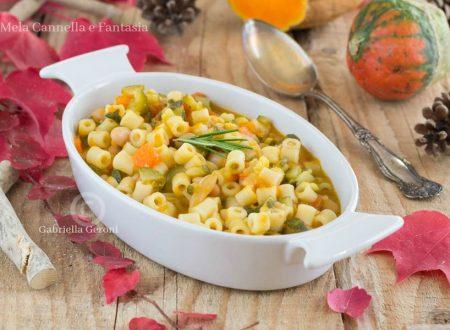 Minestra autunnale con zucca e cannellini - ricetta facile