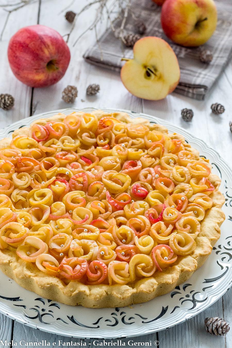 crostata rose di mele