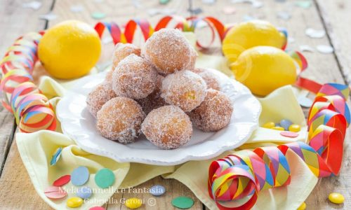 Castagnole al limone morbide profumate e golosissime
