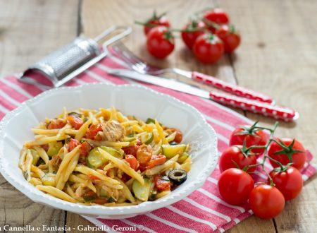 Trofie capricciose con tonno pomodorini e olive - ricetta light