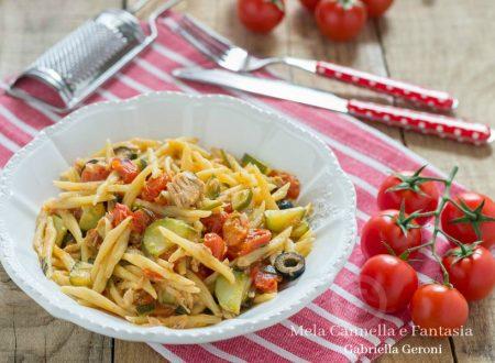 Trofie capricciose con tonno pomodorini e olive – ricetta light