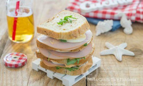 Sandwich al tacchino e formaggio, maxi gusto maxi leggerezza!
