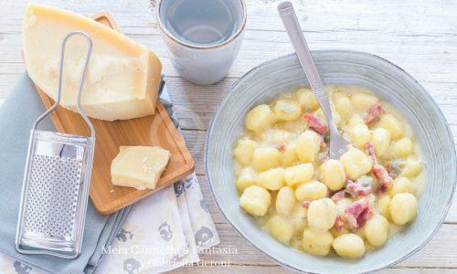 Chicche di patate al gorgonzola con pancetta affumicata