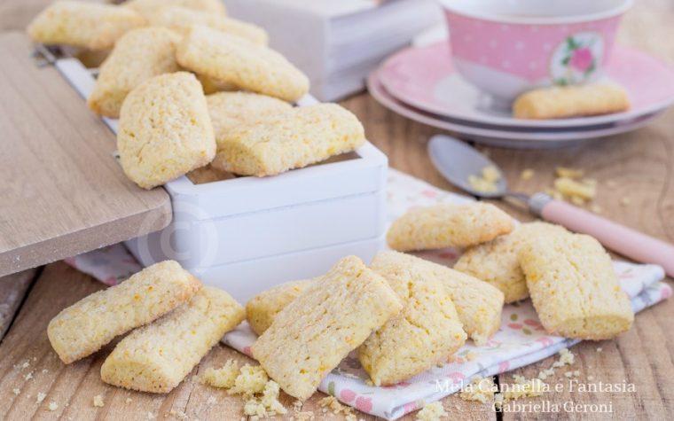 Biscotti da inzuppo all'arancia ricetta facile senza burro