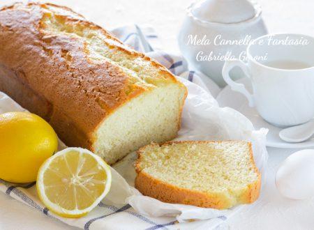 Plumcake morbidissimo al limone senza burro