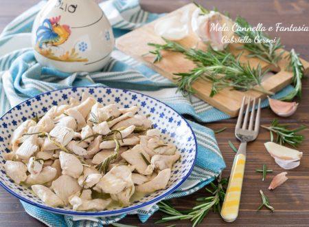 Pollo al rosmarino in umido ricetta facile e veloce