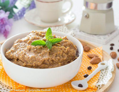 Crema moka al caffè e mandorle ricetta di famiglia per farcire torte