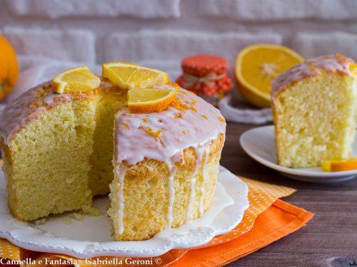 Chiffon cake all'arancia con glassa al limone