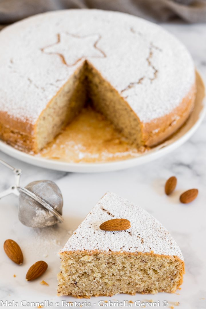 torta alle mandorle senza lattosio