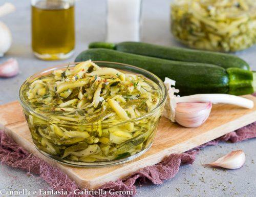 Zucchine sott'olio ricetta facile e gustosissima
