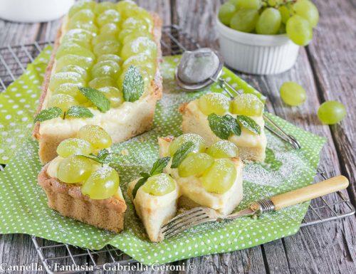 Crostata con crema e uva (pasta frolla senza burro)