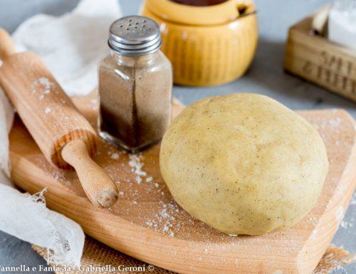 Pasta frolla cacio e pepe per stuzzichini e crostate salate
