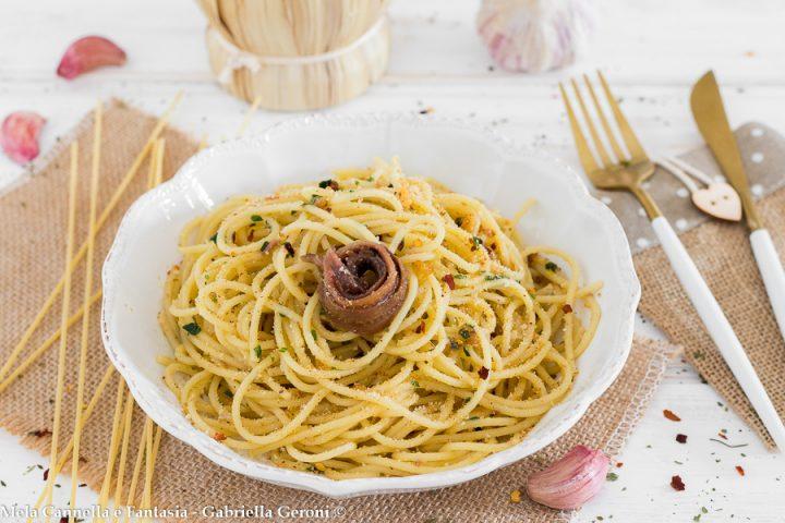 spaghetti aglio olio e alici