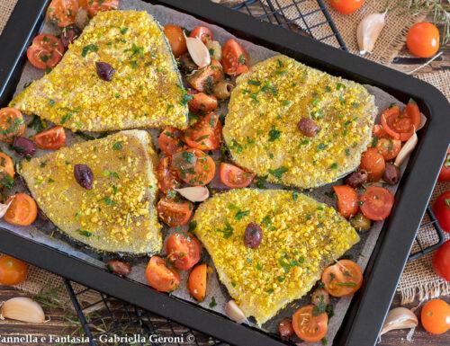 Pesce spada gratinato alla mediterranea con pomodorini e olive