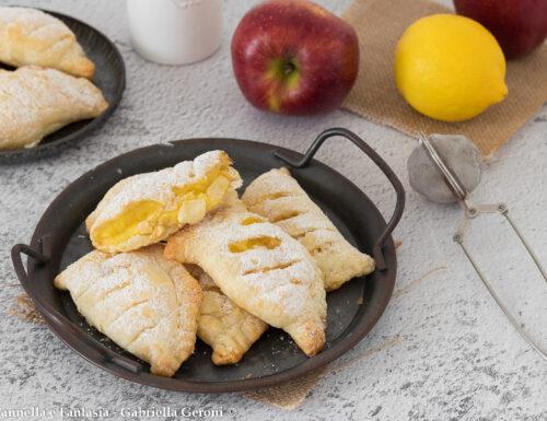 Sfogliatine con mele e crema al limone con pasta sfoglia