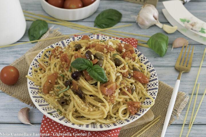 spaghetti alla mediterranea con olive