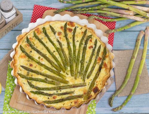 Pizza rustica con asparagi e ricotta al profumo di limone