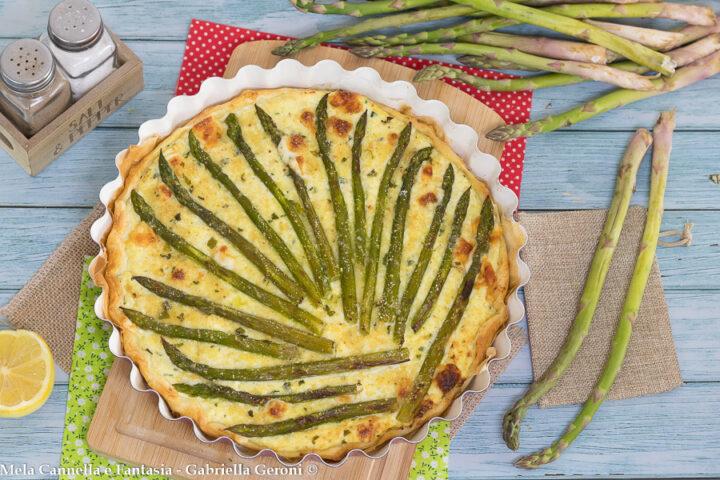 pizza rustica con asparagi