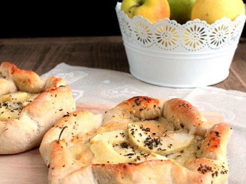 Focacce con pecorino e mele