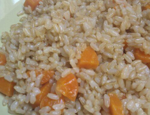 Riso integrale con le carote