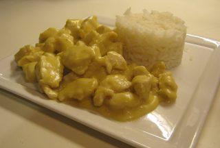 pollo al latte di cocco alla thailandese