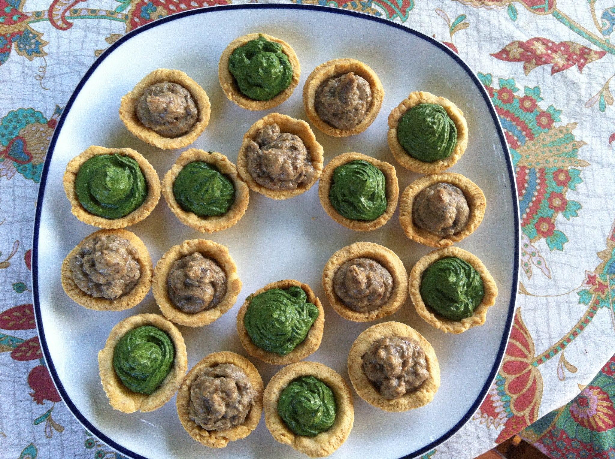 tartellette con funghi e spinaci