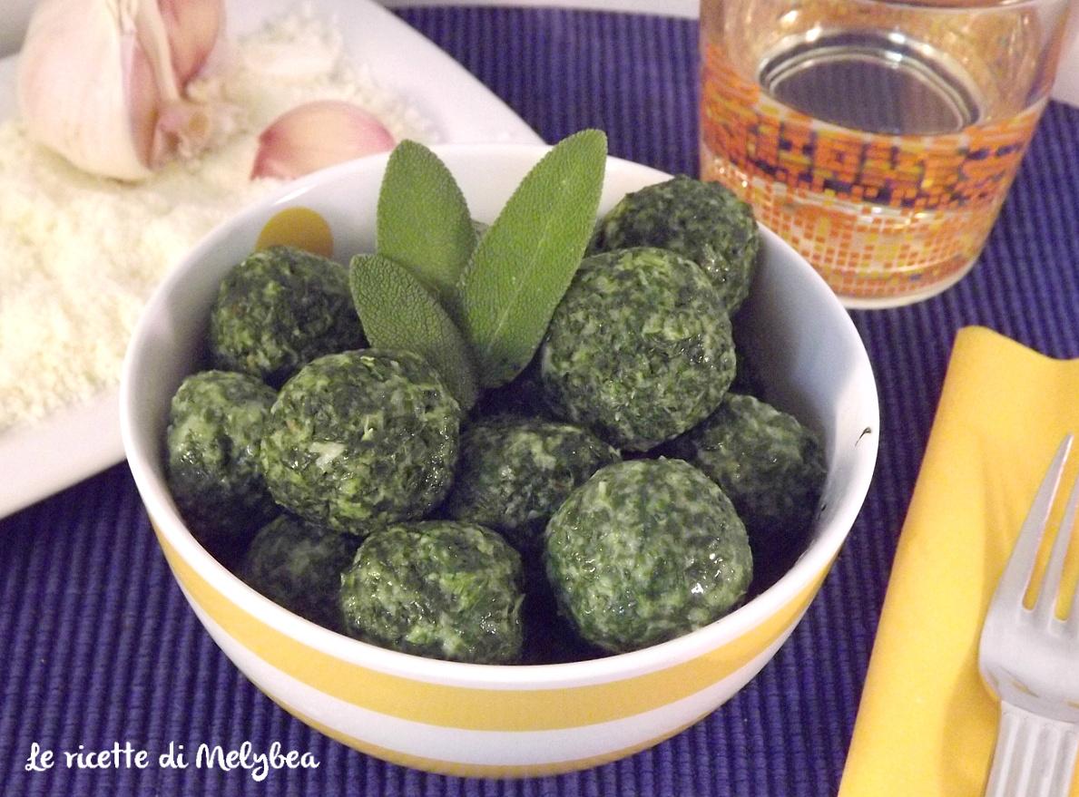 strangolapreti - gnocchi di spinaci