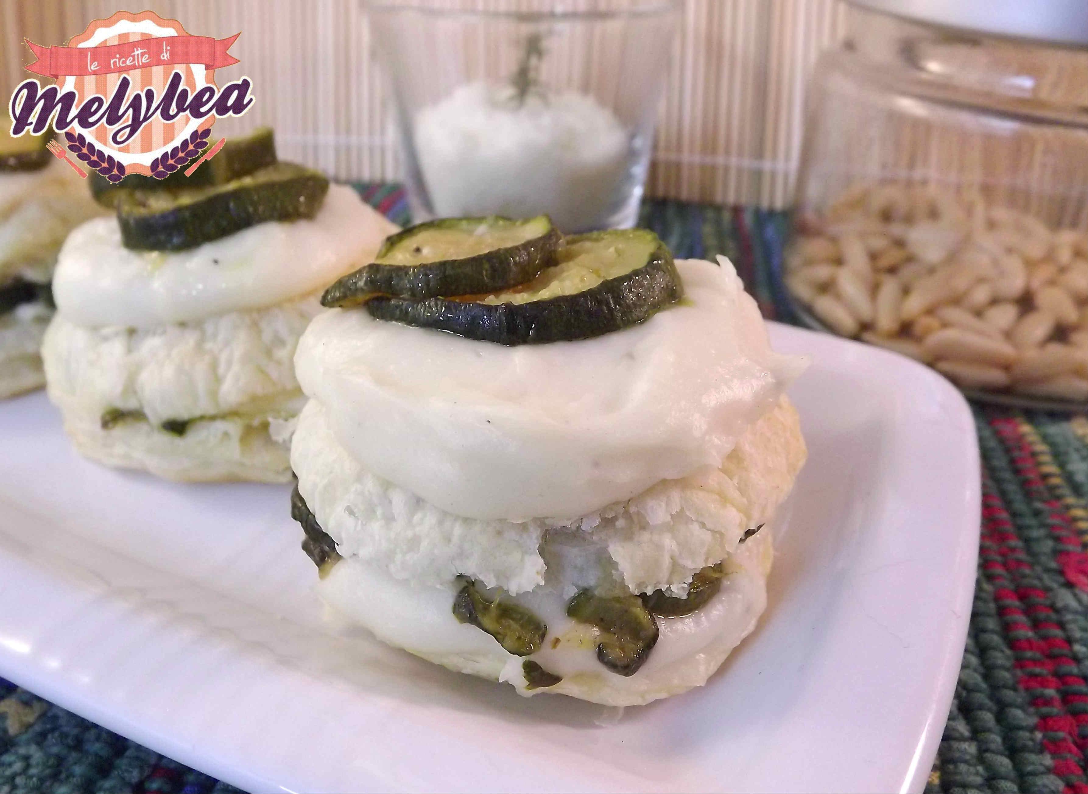 Lasagne di pasta sfoglia alle zucchine