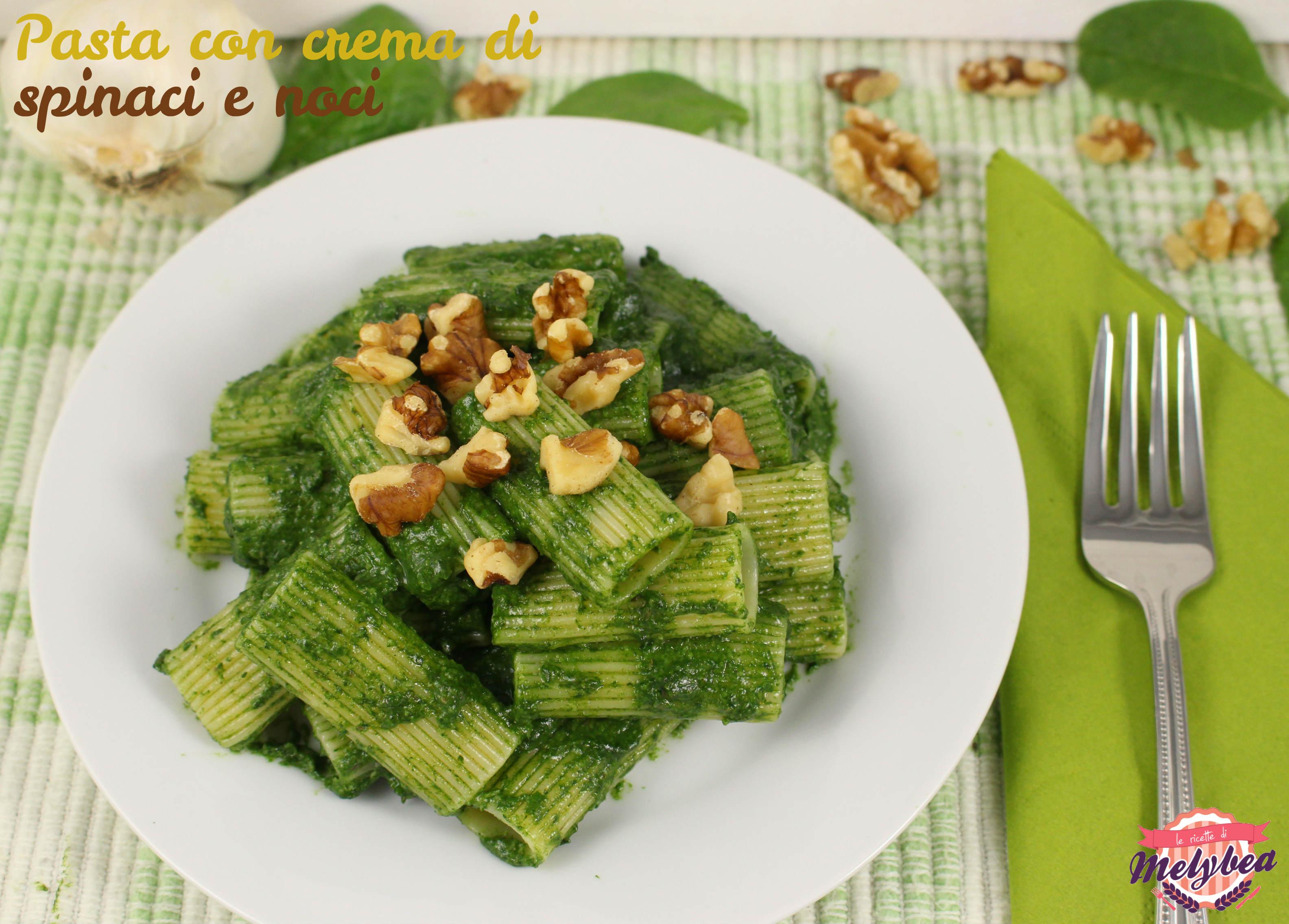 pasta con crema di spinaci e noci
