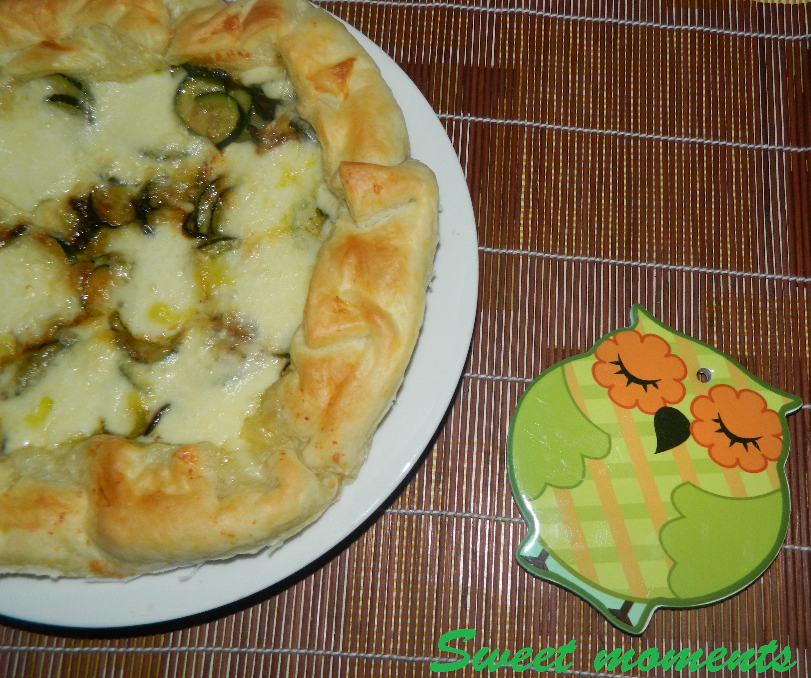 Torta salata con zucchine e mozzarella