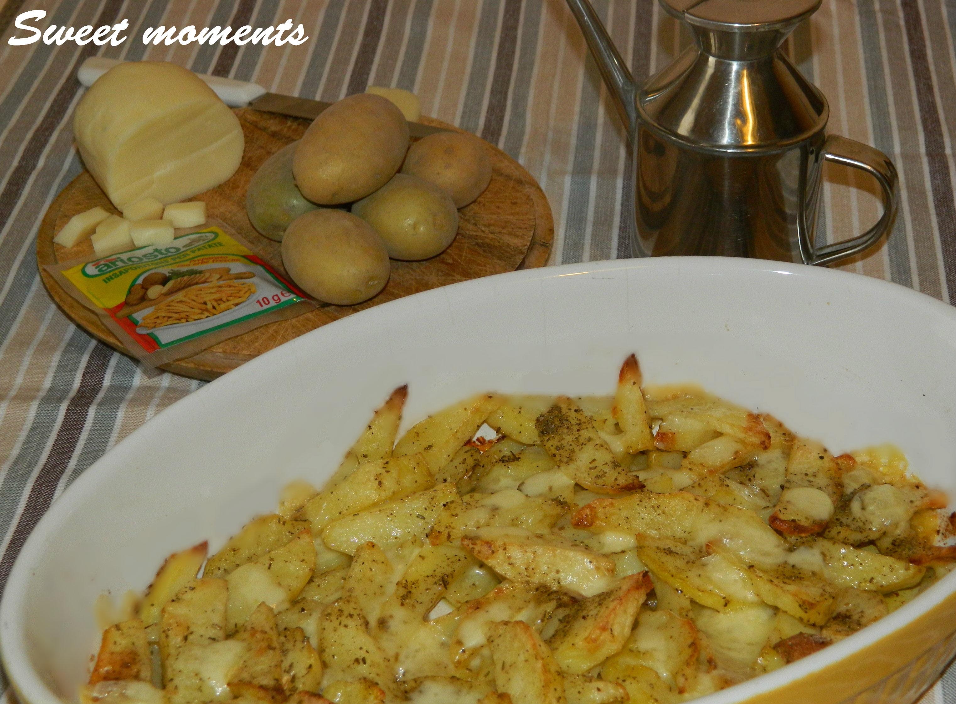 Patate con scamorza e aromi