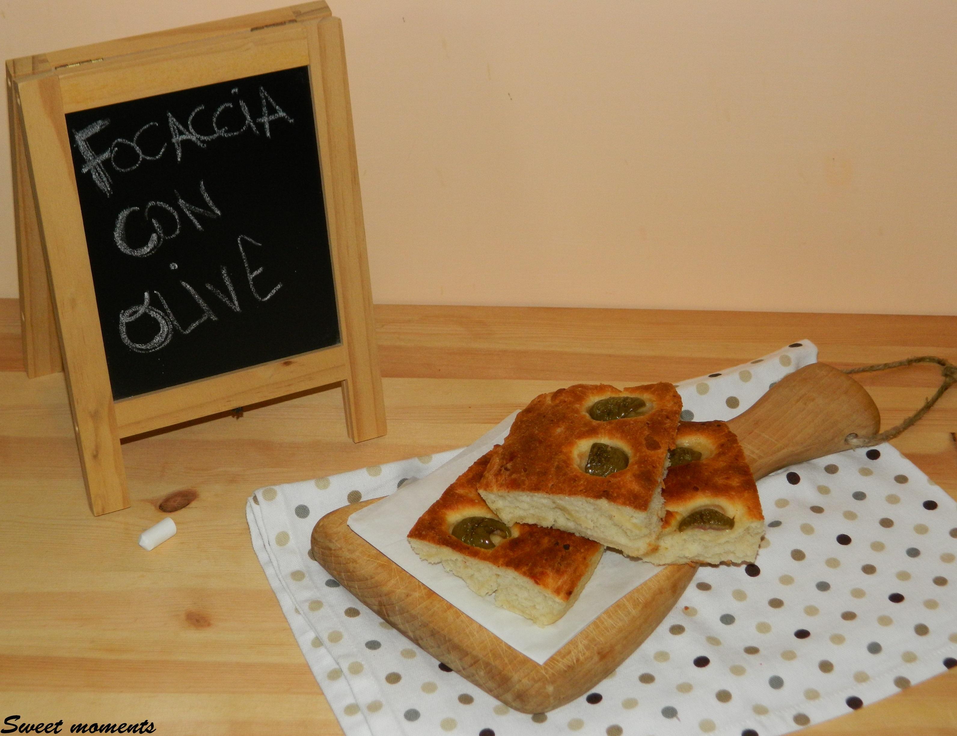 Focaccia con olive verdi Ficacci