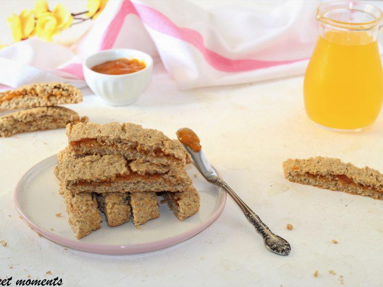 Biscotti integrali con marmellata