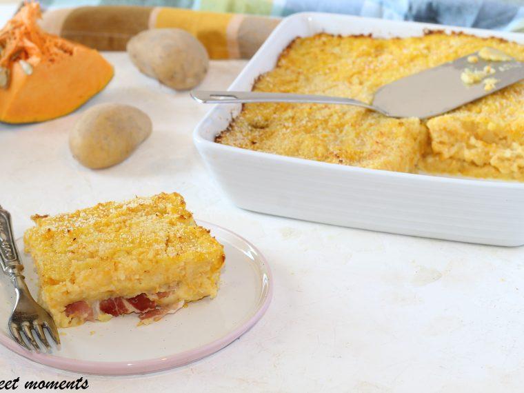 Gateau di zucca e patate con speck e scamorza