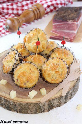 Muffin con speck e asiago