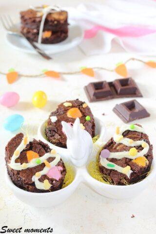 Brownies al cioccolato con ovetti