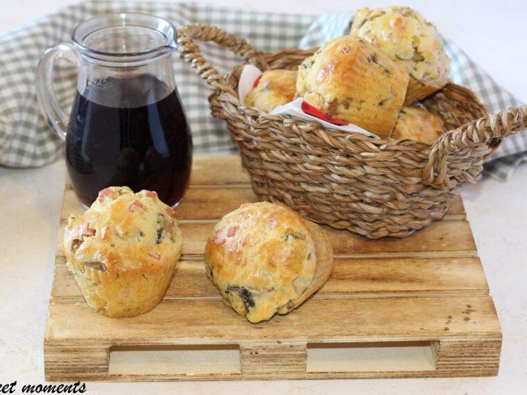 Muffin con prosciutto e funghi